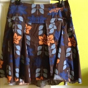NWOT Billabong European collection skirt.